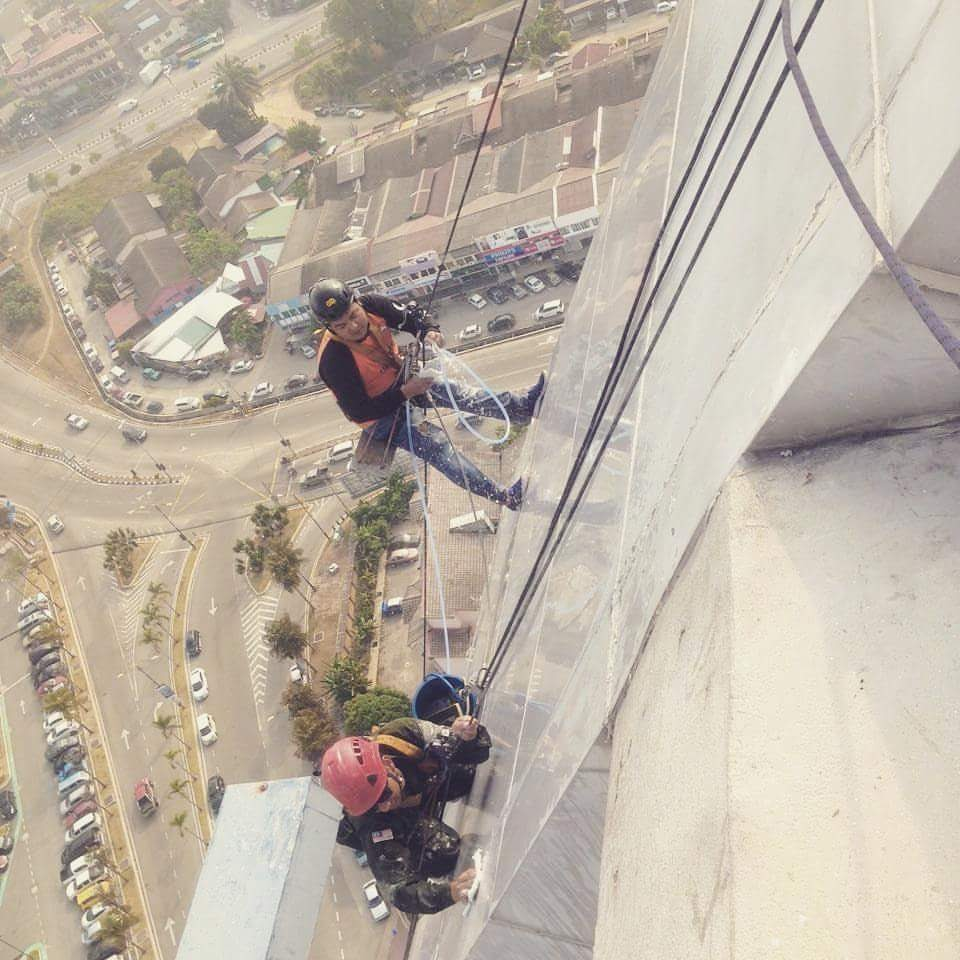 high rise cleaning